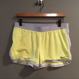 Nike Just Do It Gray & Yellow Athletic Shorts Sz M